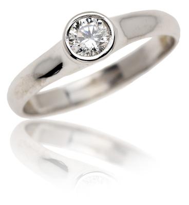 VR255 - Oblíbený zlatý prsten se zirkonem