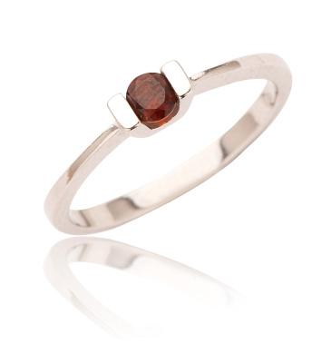 Stříbrný prsten s granátem-VR31