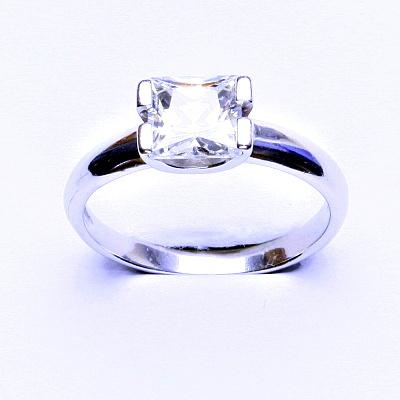 Stříbrný prsten, čirý zirkon, zásnubní prsten