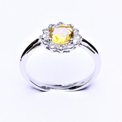 Stříbrný prsten, přírodní citrín, čiré zirkony, T 1495
