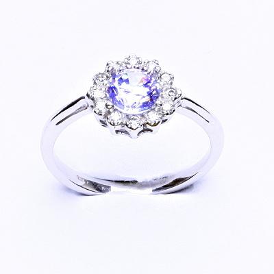 Stříbrný prsten, zirkon lavender, čiré zirkony, T 1495