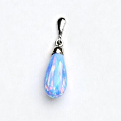 Stříbrný přívěsek, světle modrý syntetický opál, P 41/22