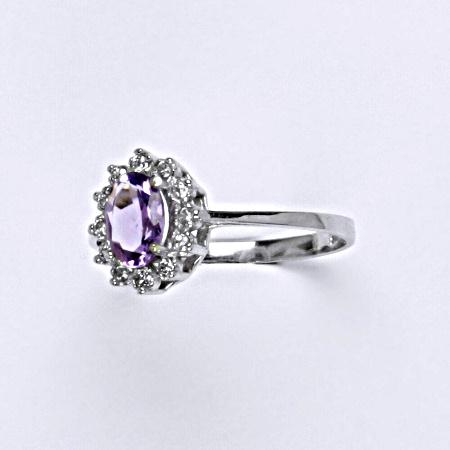 Stříbrný prsten Kate, přírodní ametyst světlý a čiré zirkony, prstýnek ze stříbra