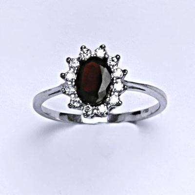 Stříbrný prsten Kate, přírodní granát a čiré zirkony, prstýnek ze stříbra, T 1480