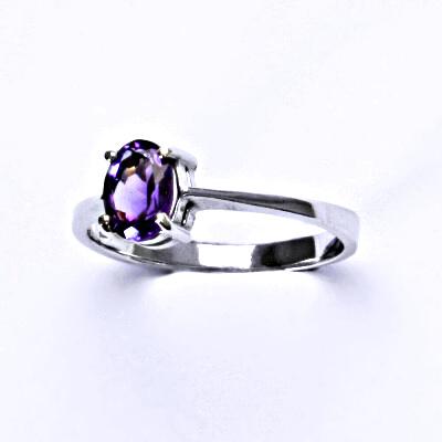Stříbrný prsten, přírodní tmavý ametyst,prstýnek ze stříbra, T 1246