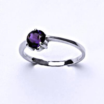 Stříbrný prsten, přírodní ametyst tmavý, srdce,prstýnek ze stříbra, T 1362