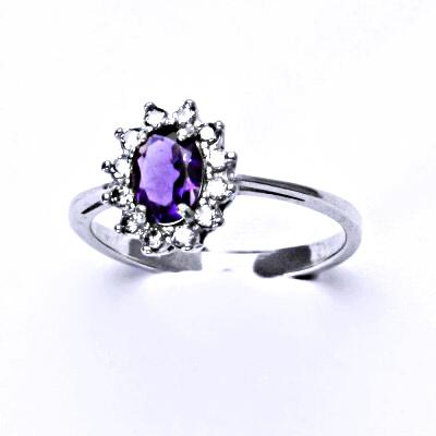 Stříbrný prsten Kate, přírodní tmavý ametyst, prstýnek ze stříbra, čiré zirkony,T 1480