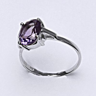 Stříbrný prsten, přírodním ametyst, 10 x 8 mm, T 1467