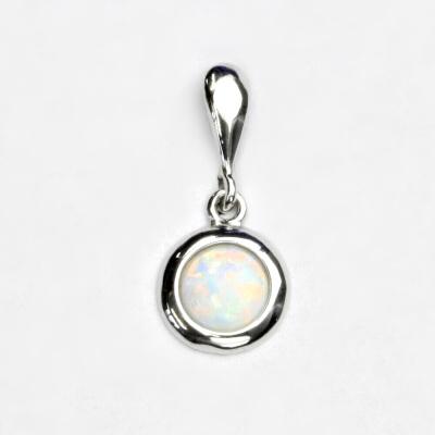 Stříbrný přívěsek, bílý syntetický opál, přívěsek s opálem, P 1471
