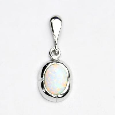 Stříbrný přívěsek, bílý syntetický opál, přívěsek s opálem, P 1374