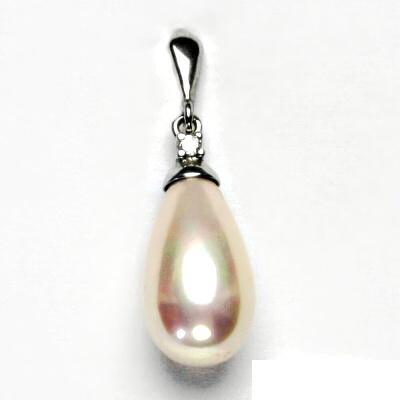 Stříbrný přívěšek,smetanová perla se skutečným perleťovým leskem, P 1482/22