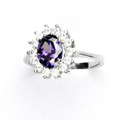 Stříbrný prsten, zirkon ametyst, čiré zirkony, Kate, T 1507