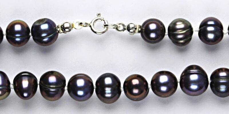 Přírodní říční perly černé, černá perla přírodní, náhrdelník z perel, perlový náhrdelník 2