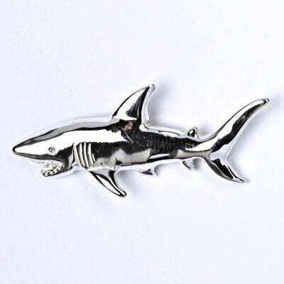 Stříbrný přívěšek žralok, ryba přívěsek ze stříbra P 131