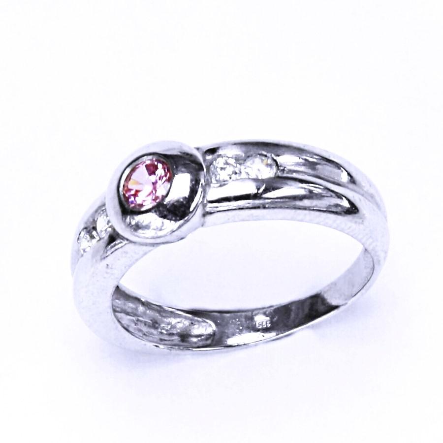 Stříbrný zásnubní prsten s růžovým zirkonem VR 277