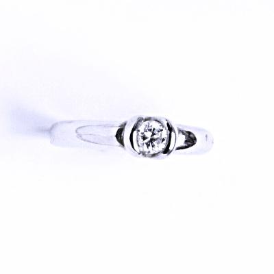 Prsten stříbrný se zirkony VR 8