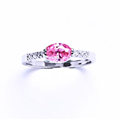 Prsten stříbrný prsten s růžovým zirkonem VR 237