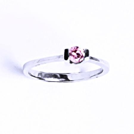 Stříbrný prsten se syntetickým zirkonem (růžový zirkon) VR 31