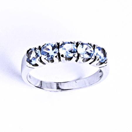 Stříbrný prsten se syntetickým akvamarínem VR 105