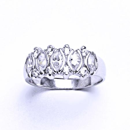Stříbrný prsten se syntetickým zirkonem VR160