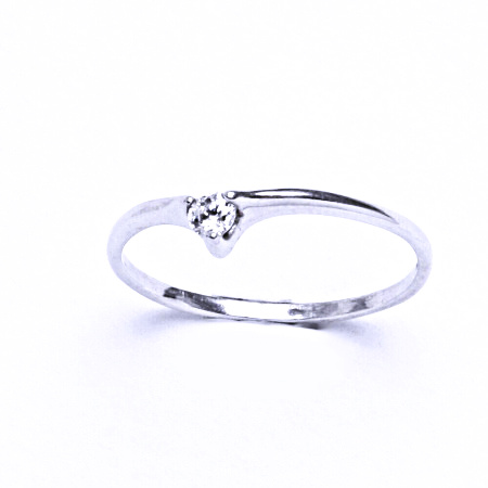 Stříbrný prsten se syntetickým zirkonem VR 208