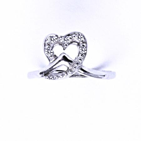 Stříbrný prsten se syntetickým zirkonem VR 202