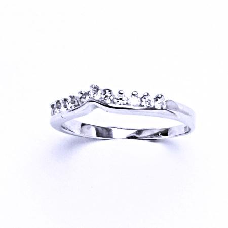 Stříbrný prsten se syntetickým zirkonem VR 57