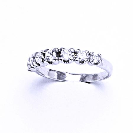 Stříbrný prsten se syntetickým zirkonem VR 148