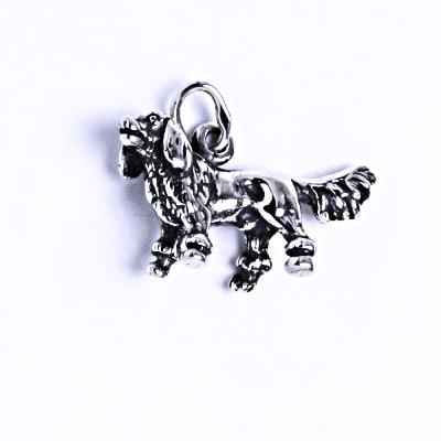 Stříbrný přívěšek s patinou, Bernský salašnický pes figurka, P 305