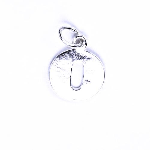 Stříbrný přívěšek O, stříbrné šperky P 904
