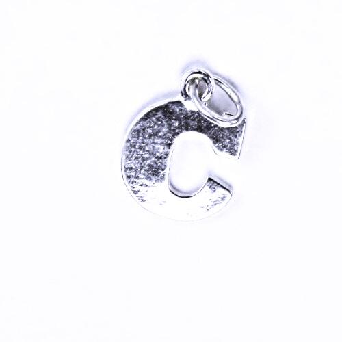 Stříbrný přívěšek C, stříbrné šperky P 904