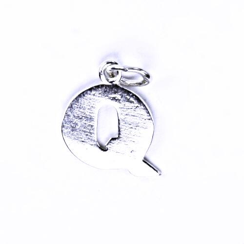 Stříbrný přívěšek Q, stříbrné šperky P 904