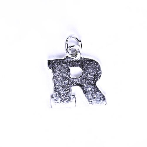 Stříbrný přívěšek R, stříbrné šperky P 904