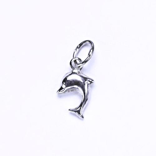 P 726 stříbrný přívěšek, stříbrné šperky, delfín