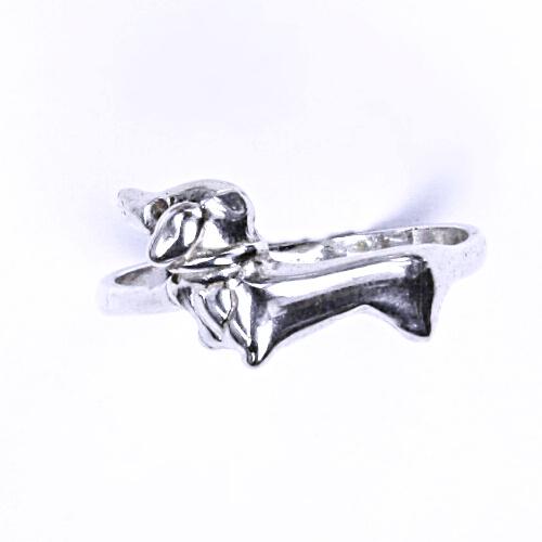 Stříbrný prsten, stříbrné šperky, jezevčík, T 320