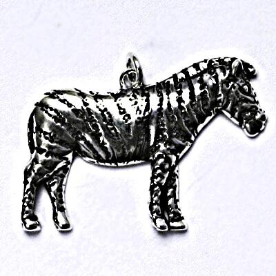 Stříbrný přívěšek s patinou, zebra, přívěsek ze stříbra P 190