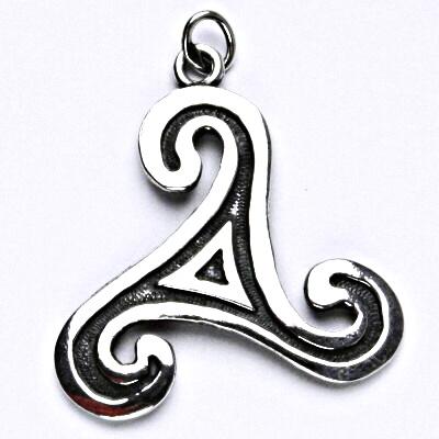 Stříbrný přívěše s patinou, keltský motiv, přívěšek ze stříbra, P 710