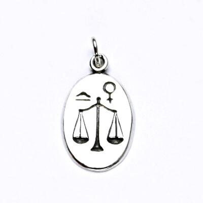 Stříbrný přívěšek s patinou,znamení zvěrokruhu,váhy,přívěsek ze stříbra, P 902