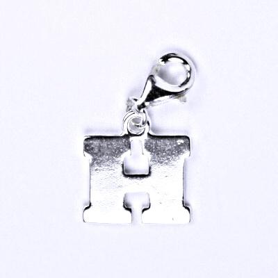 Stříbrný přívěšek písmenko H na karabince, P 904