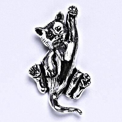Stříbrný přívěsek s patinou kočka, přívěsek ze stříbra, P 966