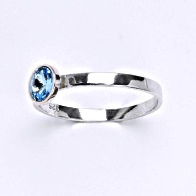 Stříbrný prsten se Swarovski krystalem akvamarín, T 1336