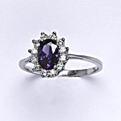 Stříbrný prsten Kate, zirkon ametyst a čiré zirkony, prstýnek ze stříbra, T 1480