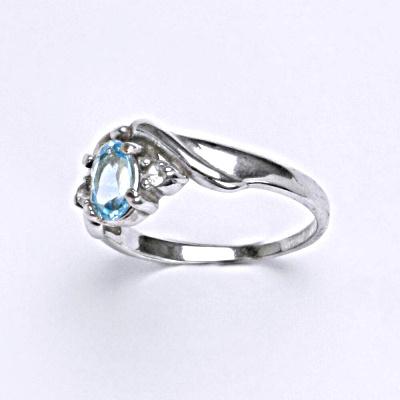 Stříbrný prsten s přírodním topazem,prsten ze stříbra T 1163