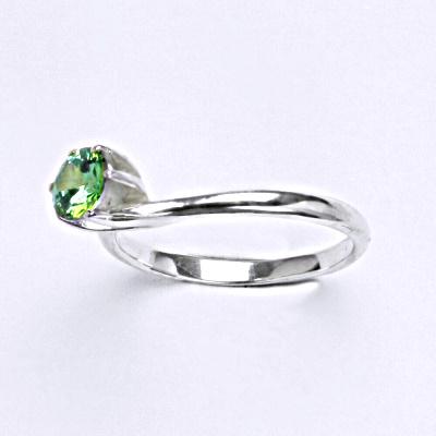 Stříbrný prsten se zirkonem emerald, zásnubní prsten ze stříbra T 1059