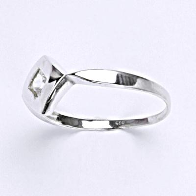 Stříbrný prsten s čirým zirkonem, prsten ze stříbra T 1118