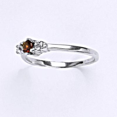 Stříbrný prsten s granátem,prsten ze stříbra T 1222