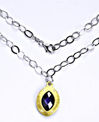 Stříbrný náhrdelník se syntetickým ametystem, 13,83 g