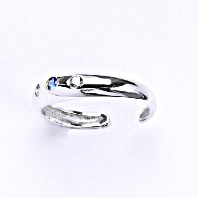 Prsten stříbrný na nohu s čirými zirkony a spinelem, T 1110
