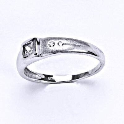 Prsten stříbrný s čirým zirkonem, T 1159