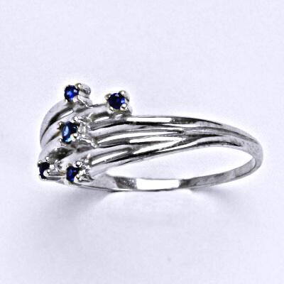 Stříbrný prsten se syntetickým spinelem, prsten ze stříbra T1415